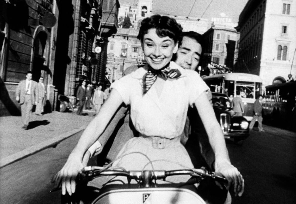 Audrey Hepburn e Gregory Peck nel film Vacanze romane, 1953