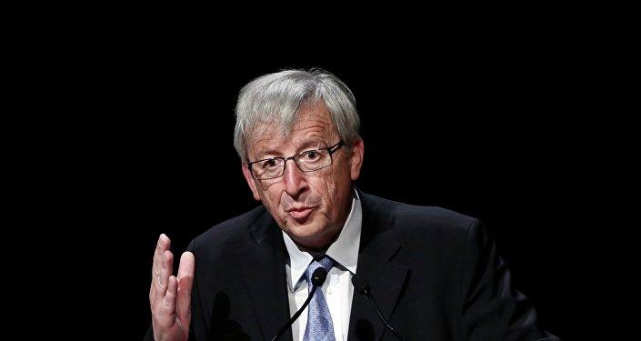 """Jean-Claude Juncker: dobbiamo lavorare a fondo per agire sull'immigrazione in regola""""."""