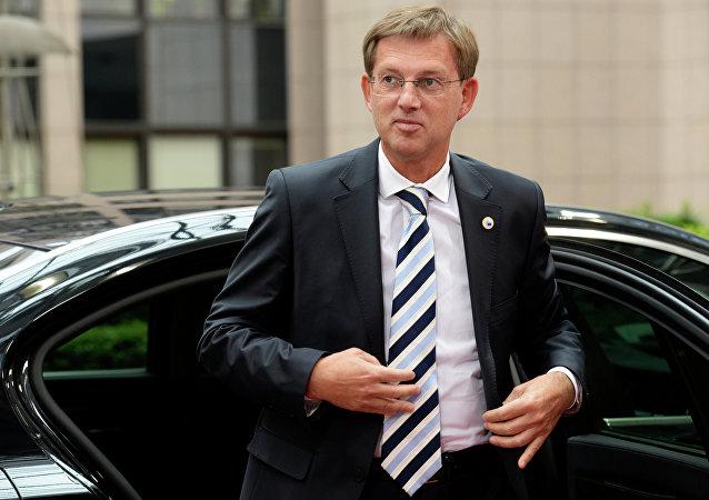 Premier sloveno Miro Cerar