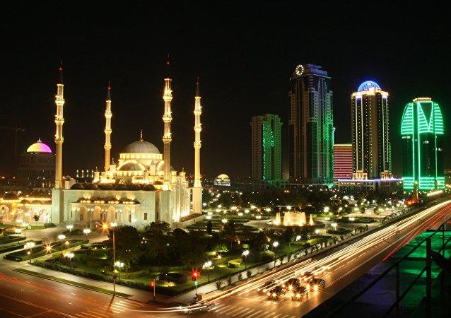 Il complesso di Grozny City e la Moschea Cuore della Cecenia