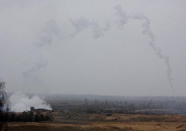 Esercitazioni NATO al poligono di Adazhi in Lituania.