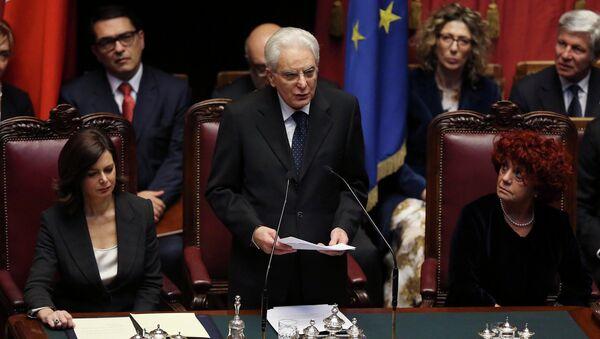 Presidente italiano Sergio Mattarella. - Sputnik Italia