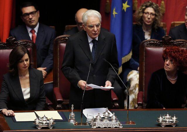 Presidente italiano eletto Sergio Mattarella, il 3 febbraio