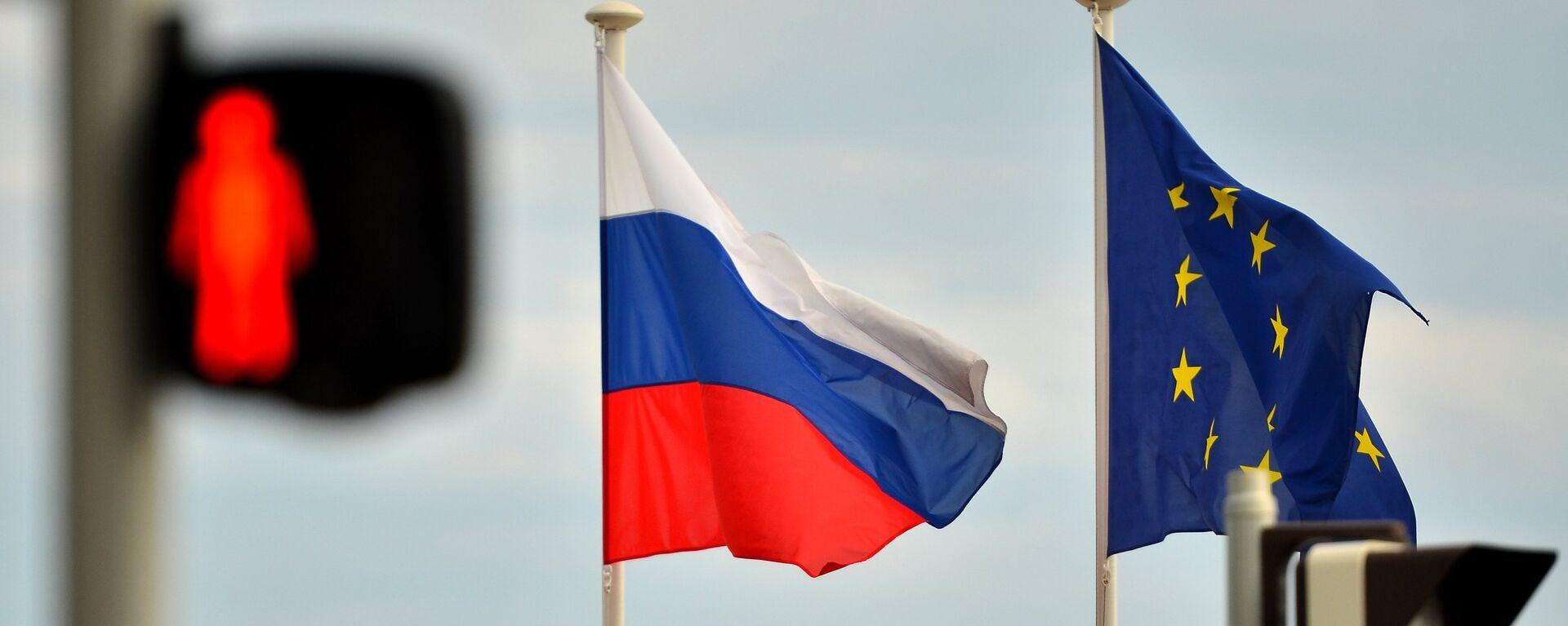 Bandiere di Russia e UE - Sputnik Italia, 1920, 25.06.2021