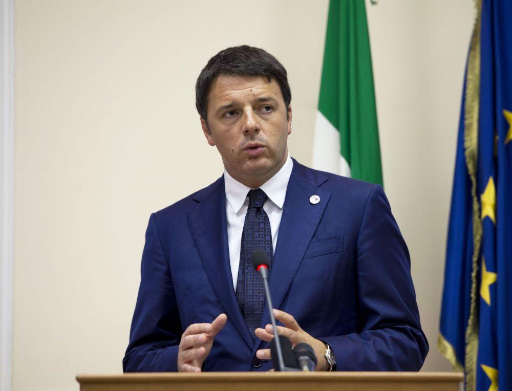 Elena Bonetti, Teresa Bellanova e Ivan Scalfarotto - i membri del governo si dimettono. Lo ha annunciato Matteo Renzi in conferenza stampa dalla Camera, provocando la crisi di governo