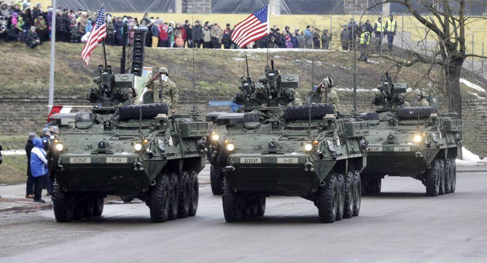Sflata dei blindati USA in Estonia