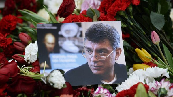 Fiori in luogo uccisione di Boris Nemtsov - Sputnik Italia