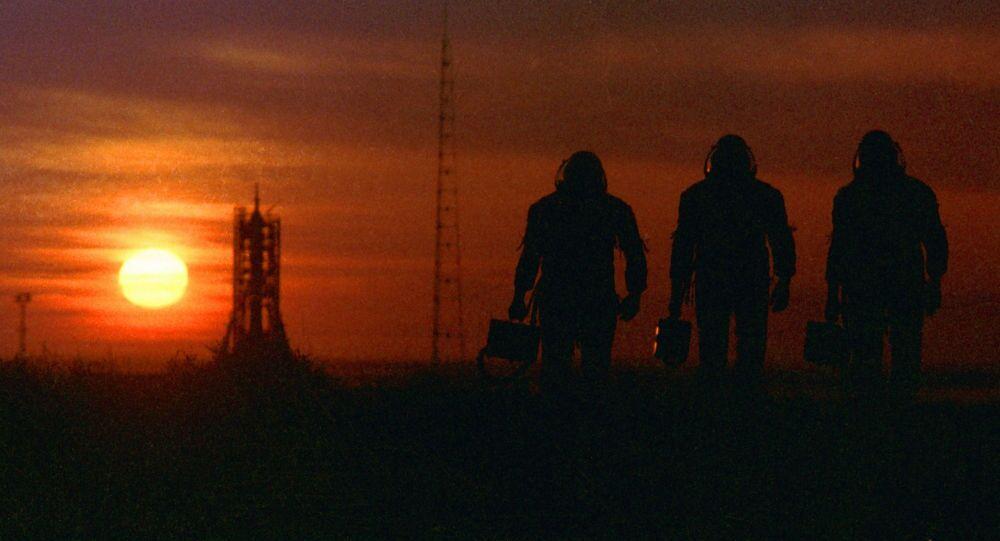 Il tramonto al cosmodromo Bajkonur