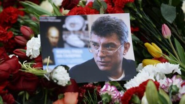 I fiori per  Boris Nemtzov ucciso a Mosca la notte dal 27 al 28 febbraio 2015. - Sputnik Italia