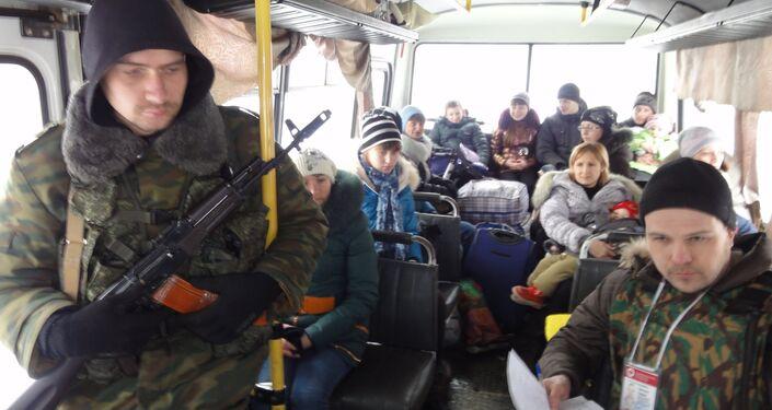 Profughi Donbass evacuazione autobus