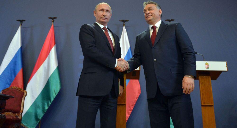 Presidente russo Vladimir Putin e il Primo Ministro ungherese Viktor Orban