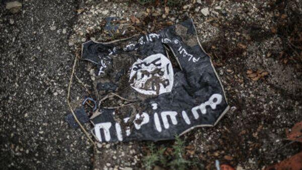 Bandiera ISIS - Sputnik Italia