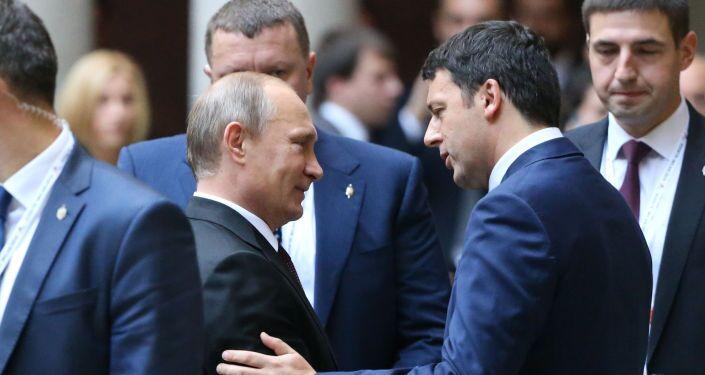 Presidente russo Vladimir Putin e Primo Ministro italiano Matteo Renzi a Milano