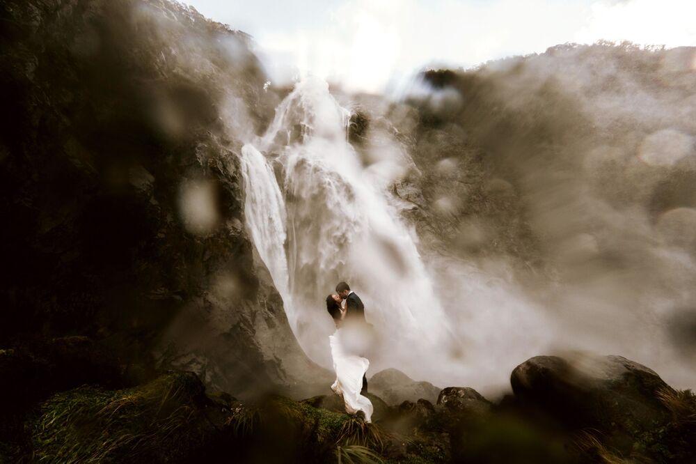 La foto Wild Love di Benjamin Lane, vincitrice тella categoria Nozze dei Sony Alpha Awards 2020