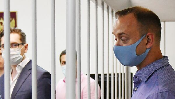 Ivan Safronov, adviser to Roscomos chief, in a Moscow court on 7 July, 2020 - Sputnik Italia