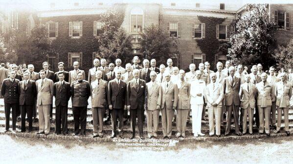I partecipanti alla conferenza a Dumbarton Oaks, Washington, DC, USA, 1944 - Sputnik Italia