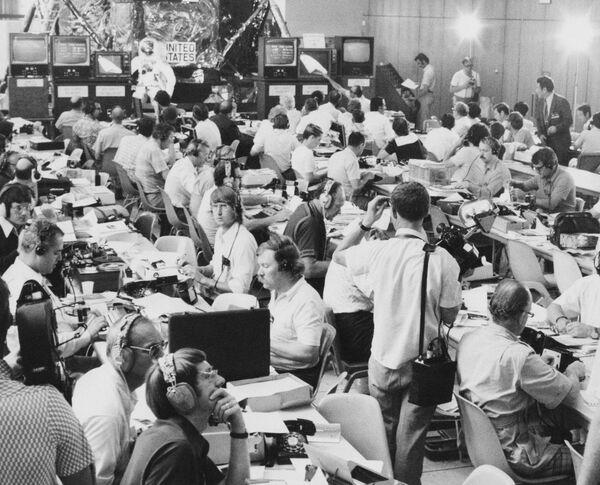 La situazione presso l'ufficio stampa ASTP durante la missione spaziale di Apollo-Soyuz - Sputnik Italia