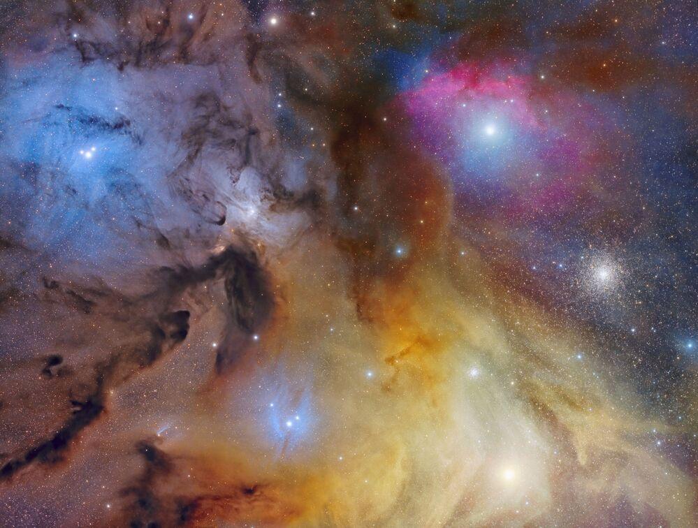 Lo scatto La magnifica: La Nube di Rho Ophiuchi del fotografo italiano Mario Cogo, Insight Investment Astronomy Photographer 2020