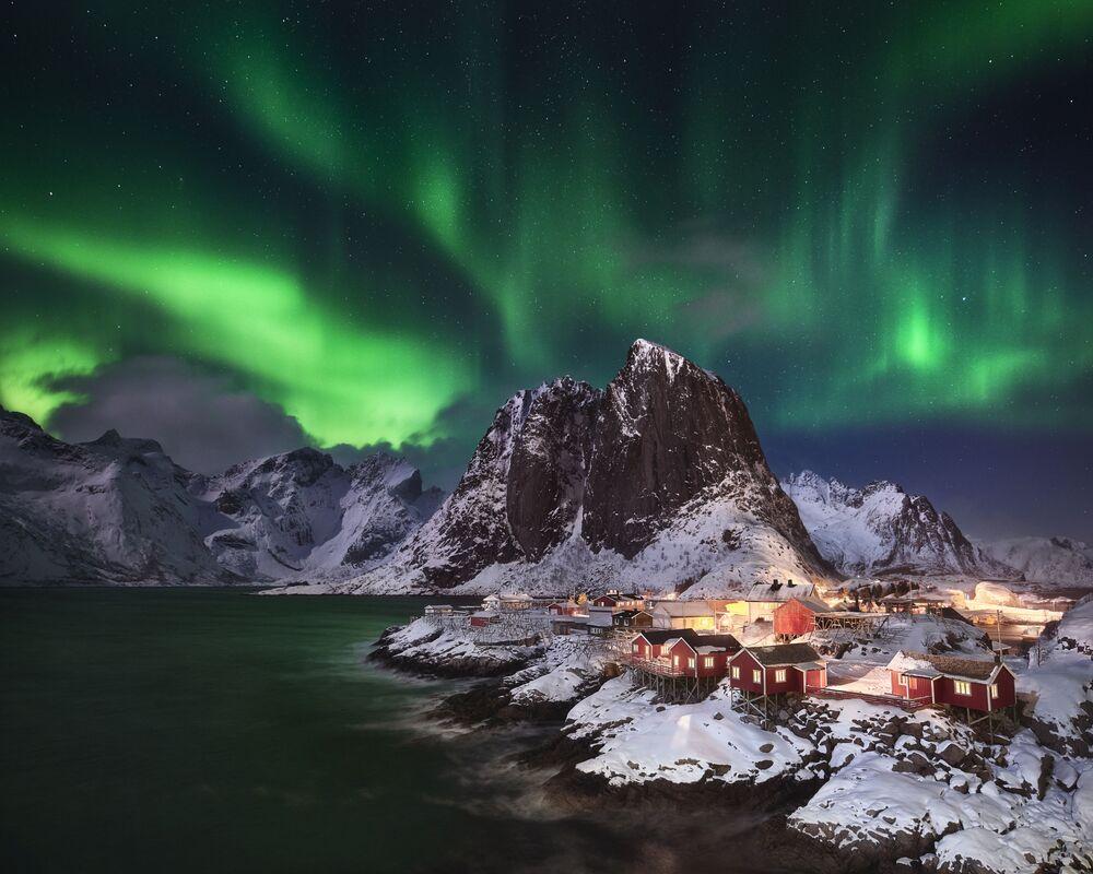 Lo scatto L'aurora boreale di Hamnøy del fotografo tedesco Andreas Ettl, Insight Investment Astronomy Photographer 2020