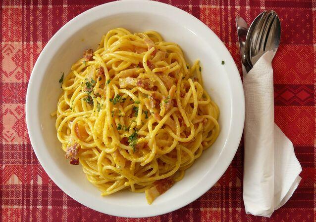 Piatto di spaghetti (foto d'archivio)