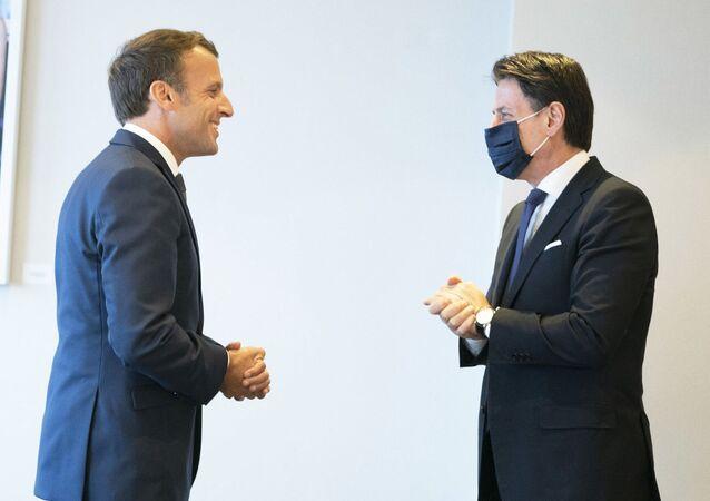 Il Presidente Conte ha incontrato a Bruxelles il Presidente della Repubblica francese, Emmanuel Macron.
