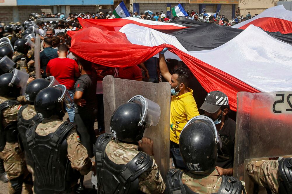Le proteste antigovernative in Iraq.