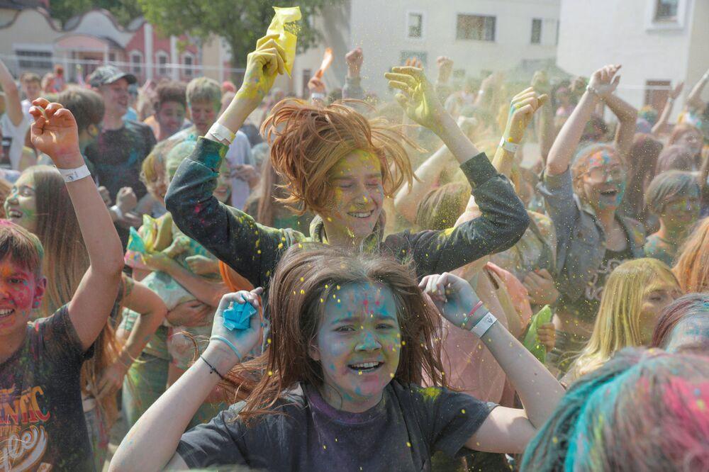 Al festival ColorFest a Minsk, Bielorussia.