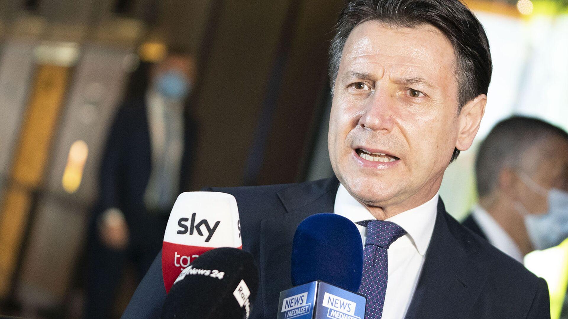 Presidente del Consiglio Giuseppe Conte partecipa al consiglio europeo - Sputnik Italia, 1920, 02.08.2021