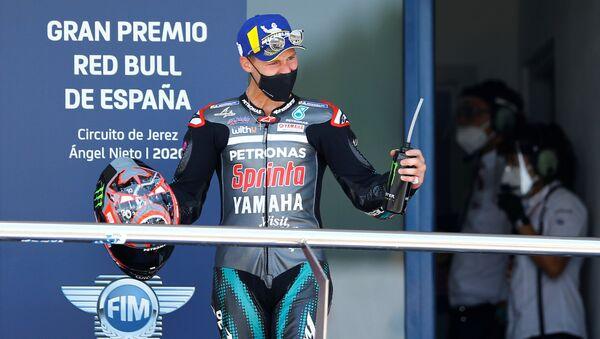 Fabio Quartararo sul podio - Sputnik Italia