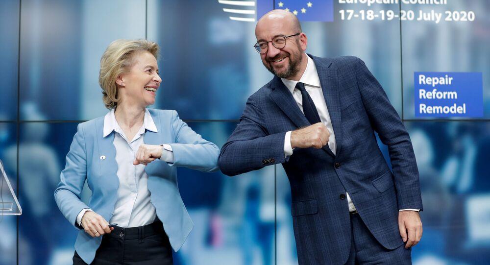 Il presidente del Consiglio europeo Charles Michel e la presidente della Commissione europea Ursula von der Leyen