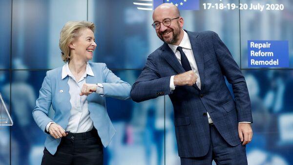 Il presidente del Consiglio europeo Charles Michel e la presidente della Commissione europea Ursula von der Leyen - Sputnik Italia