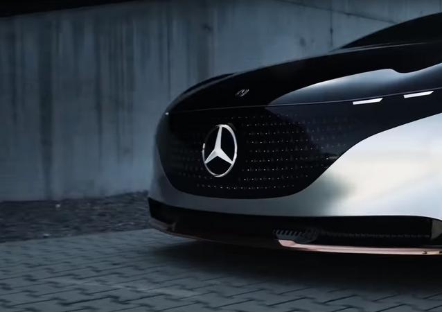 El Mercedes EQS