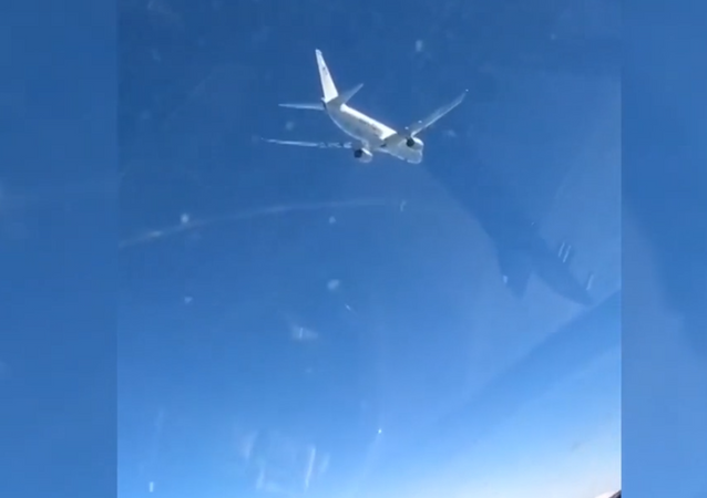 Aerei spia Nato monitorati dalle forze russe di difesa antiaerea