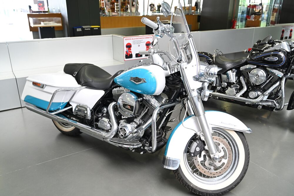 Una Harley-Davidson al Museo dell'auto di Torino