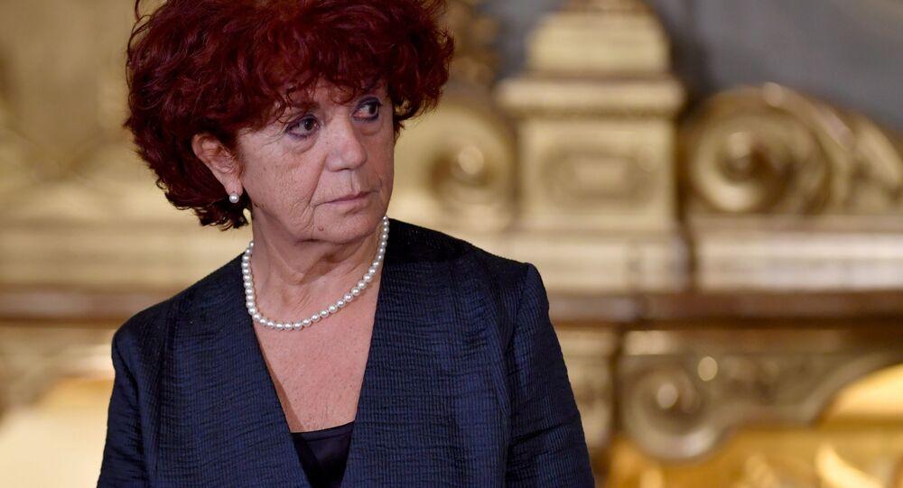 Valeria Fedeli
