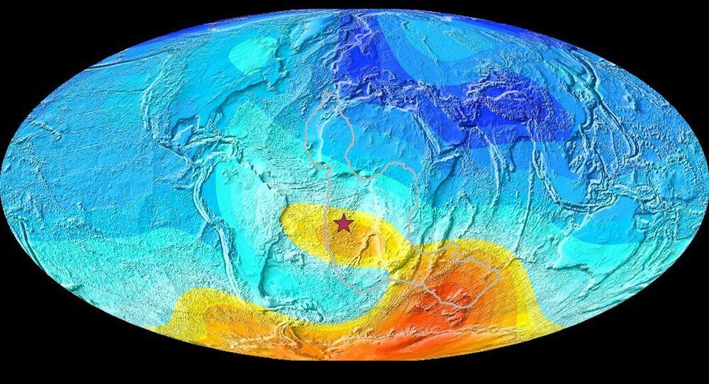 Una mappa della Terra che mostra la deviazione attuale dalla direzione prevista del polo magnetico