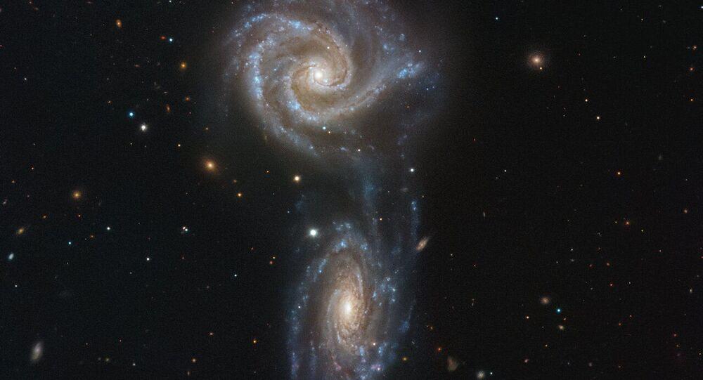 Galassie interagenti NGC 5426 и NGC 5427