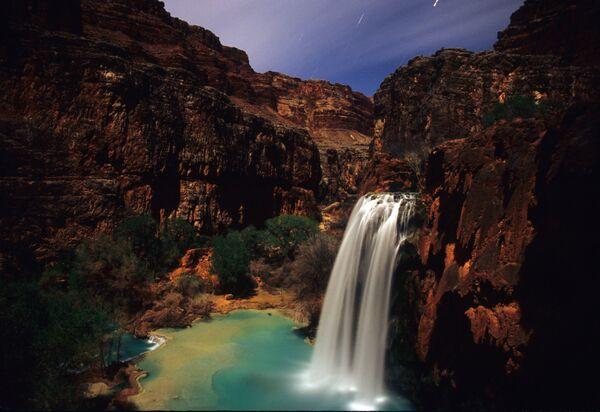 La piscina naturale della cascate Havasu Falls - Sputnik Italia