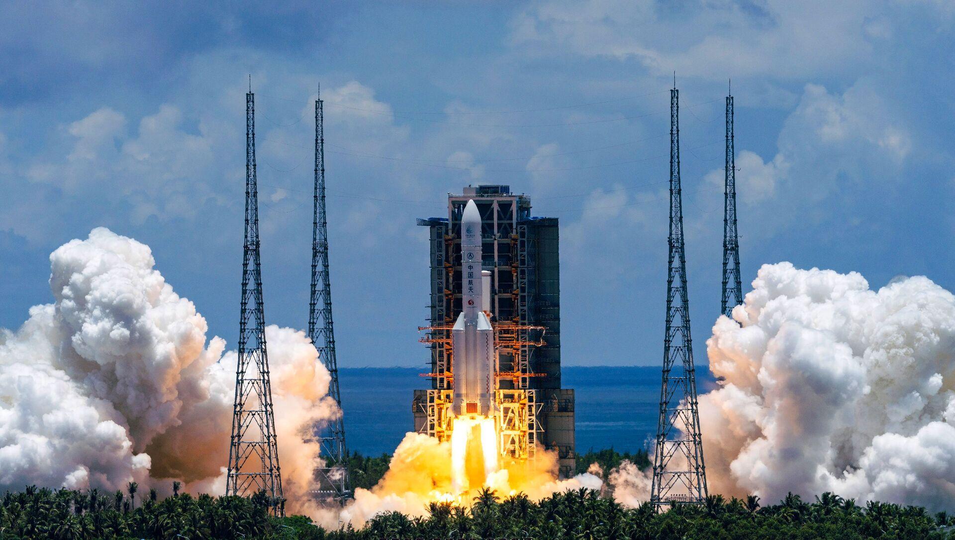 Il lancio del razzo cinese Lunga Marcia 5, luglio 23 del 2020 - Sputnik Italia, 1920, 09.05.2021