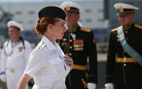 La parata in onore del Giorno della Marina militare russa alla base navale di Novorossiysk, Russia - Sputnik Italia