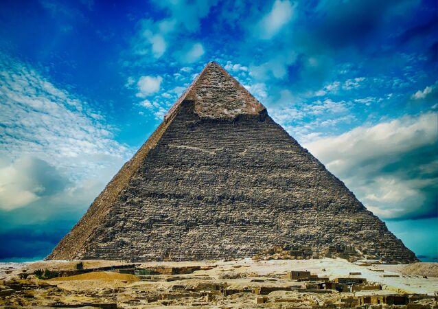 Grande Piramide di Giza (nota anche come Piramide di Cheope)