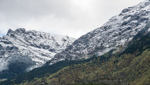 Alpi innevate - Sputnik Italia