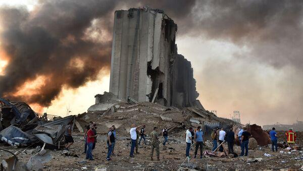 Macerie dopo un'esplosione a Beirut - Sputnik Italia