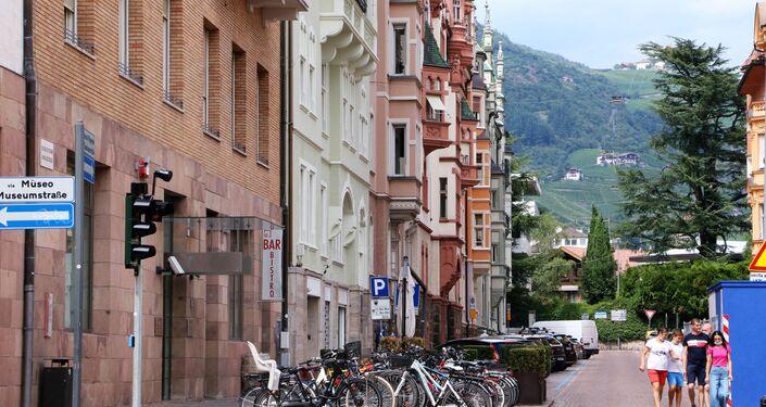 Una strada a Bolzano
