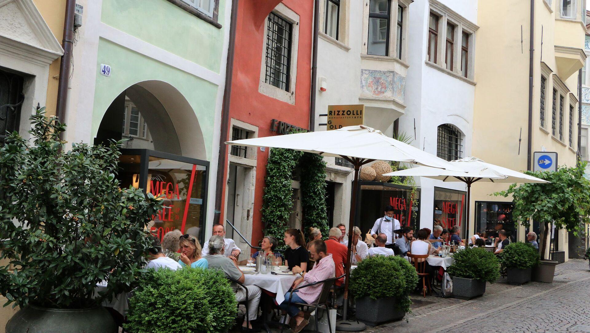 Un ristorante a Bolzano - Sputnik Italia, 1920, 23.04.2021