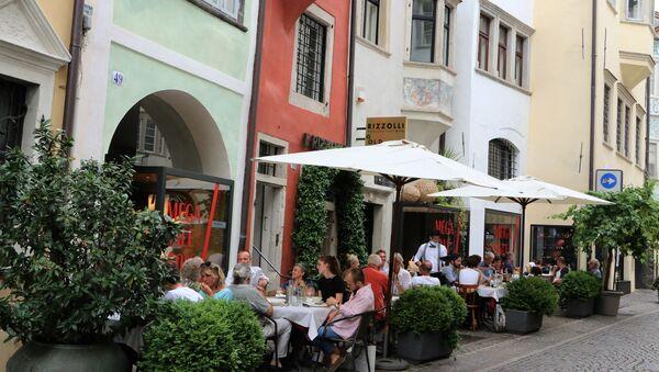 Un ristorante a Bolzano - Sputnik Italia