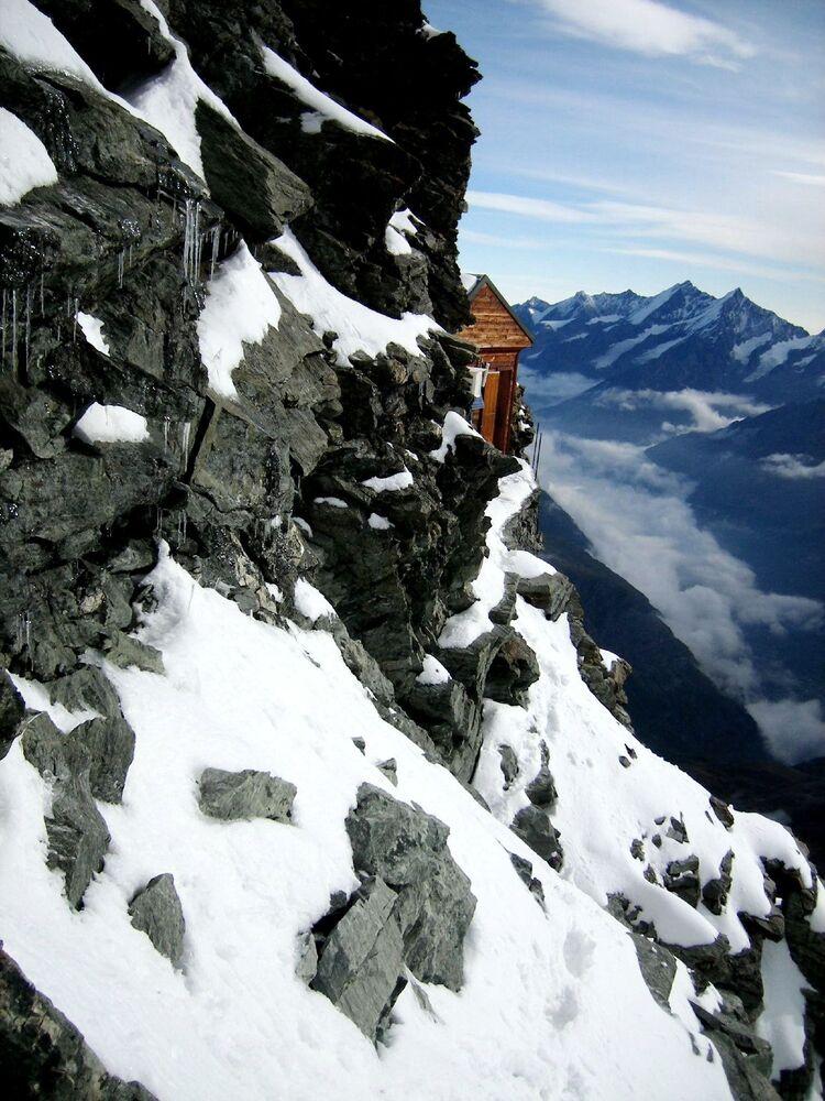 Una baita Solvayhutte sul Monte Cervino.