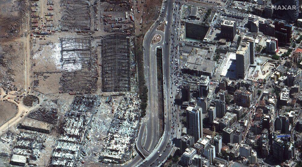 L'immagine di satellite del porto di Beirut dopo l'esplosione (Maxar Technologies).