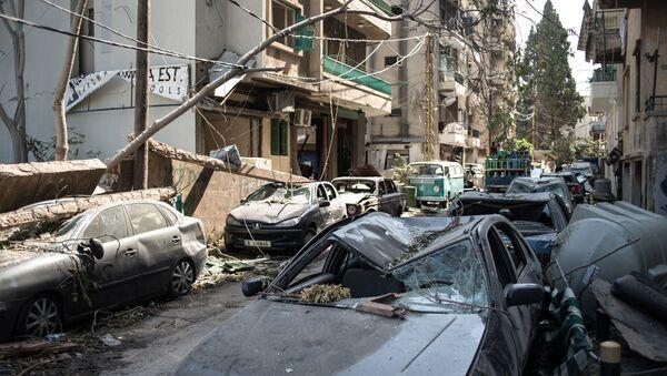 Le conseguenze della devastante esplosione presso il porto di Beirut - Sputnik Italia