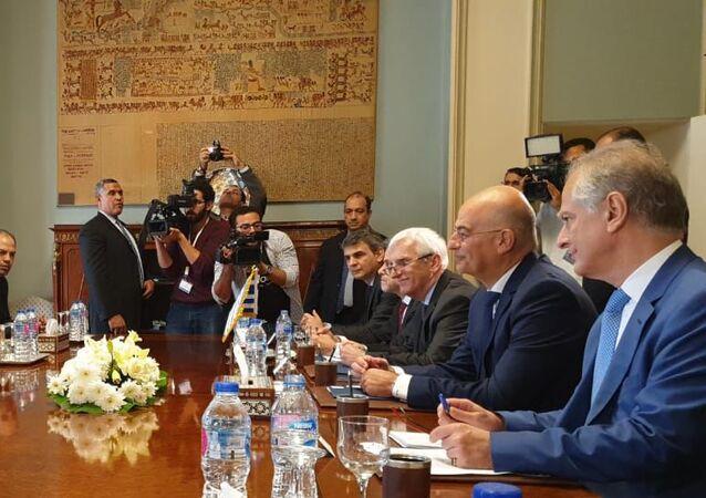 Incontro tra delegazioni di Egitto e Grecia